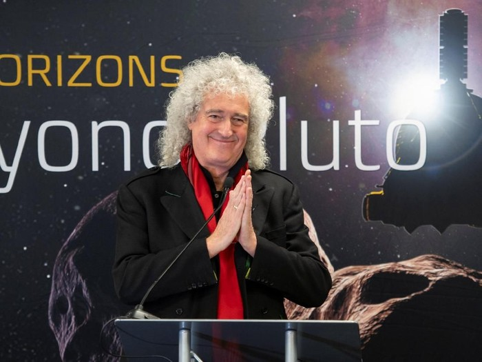 Brian May, lead guitarist of the rock band Queen and astrophysicist, discusses the upcoming New Horizons flyby of the Kuiper Belt object Ultima Thule at the Johns Hopkins University Applied Physics Laboratory (APL) in Laurel, Maryland, U.S. December 31, 2018.  NASA/Bill Ingalls/Handout via REUTERS. ATTENTION EDITORS - THIS IMAGE WAS PROVIDED BY A THIRD PARTY. MANDATORY CREDIT