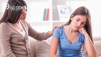 Cara Menyikapi Anak yang Mengaku Patah Hati