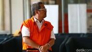 ICW Dukung KPK Borgol Tahanan Korupsi: Maling Ayam Saja Diborgol