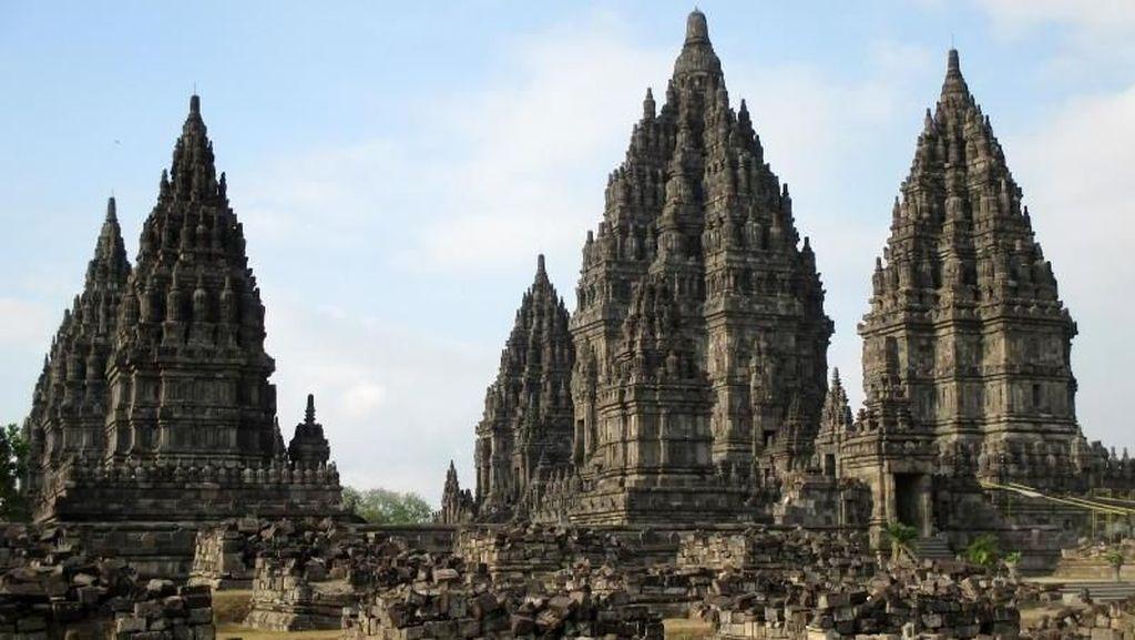 Potret Kompleks Candi Hindu Terbesar di Indonesia