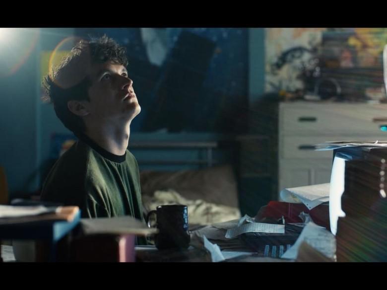 Karya Sastra dan Hubungannya dengan Black Mirror: Bandersnatch Foto: dok. imdb