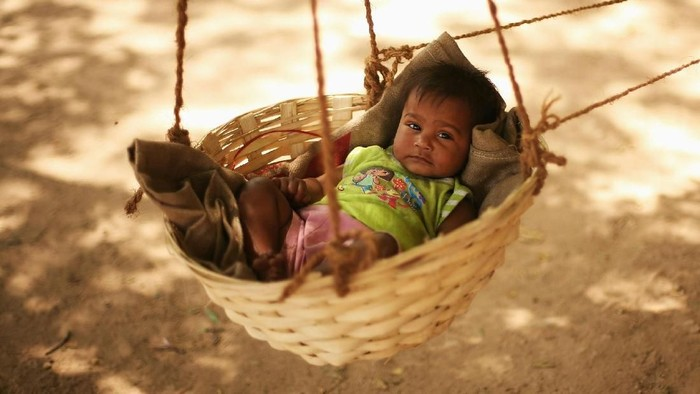 Diperkirakan 395.072 bayi terlahir pada tahun baru 2019. India menempati posisi teratas. Sementara Indonesia menempati posisi kelima.