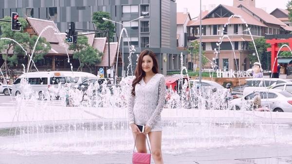 Milin terhitung cukup populer di Thailand. Followersnya di Instagram sudah mencapai 15,7 ribu orang. Apa kamu tertarik liburan ke Indonesia, Milin? (Instagram/@milinb3rry)