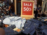 Levi's Diskon Hingga 50%, T-shirt Mulai dari Rp 200 Ribuan
