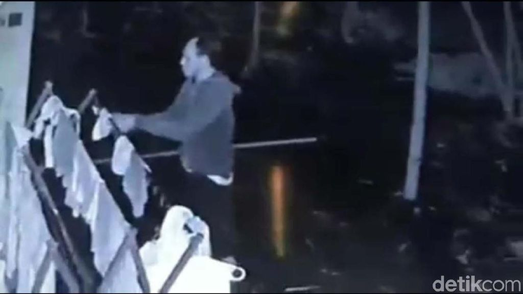 Terekam CCTV, Pria ini Curi 2 Potong Celana Dalam di Bantul
