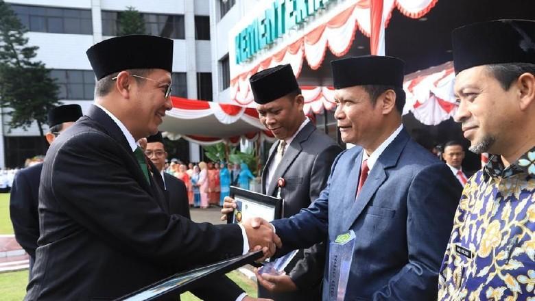 Menag Beri Harmony Award kepada Kepala Daerah dan FKUB