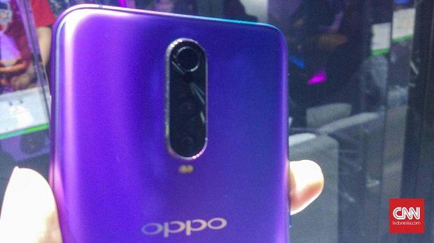 Oppo Boyong Ponsel 3 Kamera Seharga iPhone 8