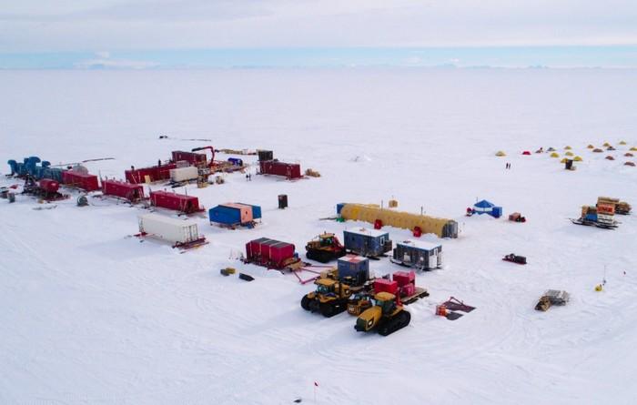 Basecamp tim SALSA di Antartika. Foto: Salsa
