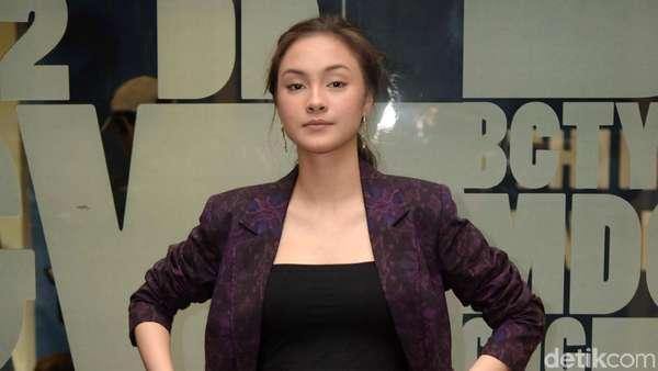 Curhat Caitlin Helderman yang Jadi Wanita Kotor