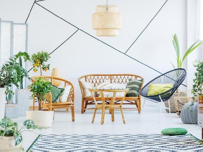 Perabotan minimalis dan berbahan alami menjadi tren interior 2019. (Foto: iStock)