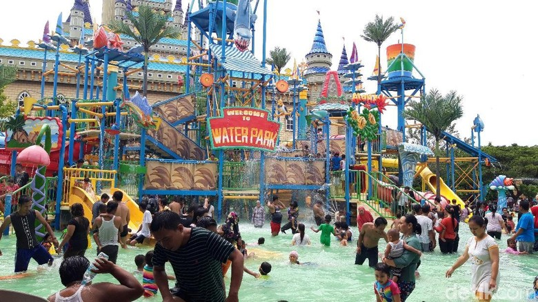 Taman rekreasi Atlantis Land Surabaya (Hilda Meilisa Rinanda/detikTravel)