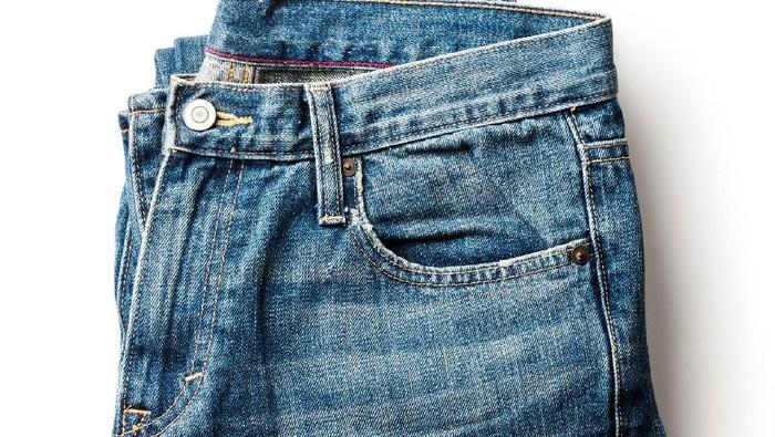 Ilustrasi celana jeans. Foto: iStock