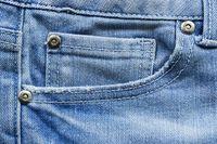 Ada Harga Ada Rupa, Ini 5 Perbedaan Jeans Murah dan Mahal