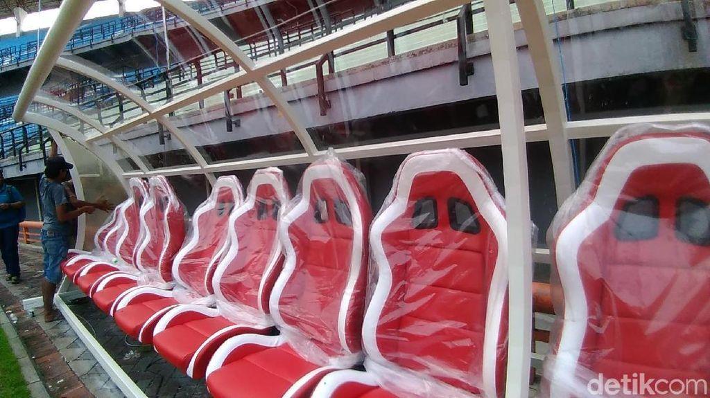 Revitalisasi Stadion GBT Senilai Rp 50 M Dimulai, Bangku Cadangan Mewah