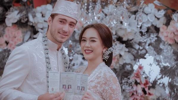 Alasan Aura Kasih Ijab Kabul Lagi di Jakarta