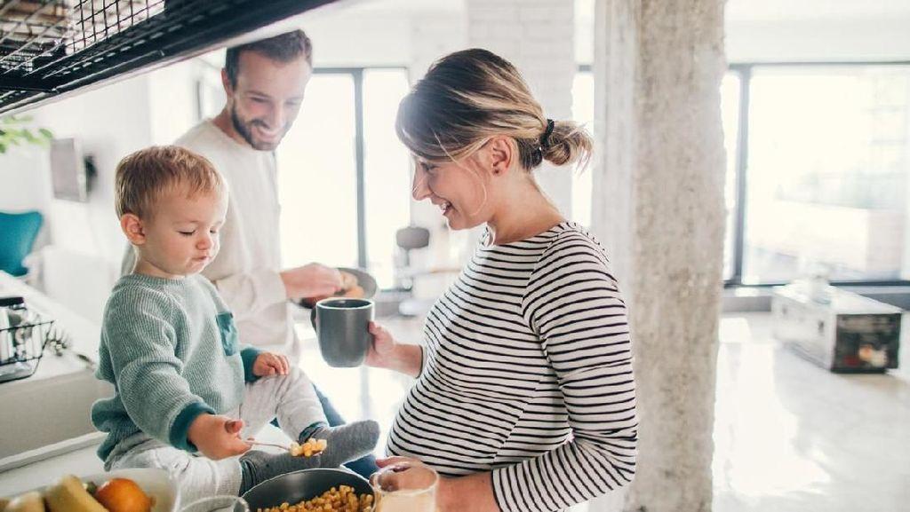 10 Makanan yang Baik Dikonsumsi Ibu Hamil agar Bayi Tumbuh Cerdas
