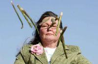 Wanita Ini Gunakan Asparagus Untuk Ramal Keberuntungan 2019