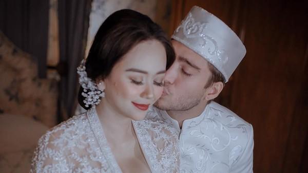 Sebelum Nikahi Aura Kasih, Eryck Amaral Sudah Mualaf