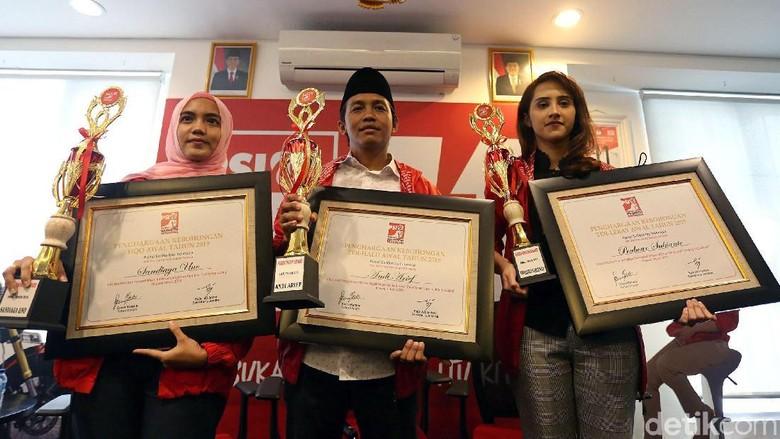 Kontroversi Kebohongan Award untuk Prabowo-Sandiaga