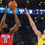 Hasil NBA: Three Point Harden Bawa Rockets Kalahkan Warriors