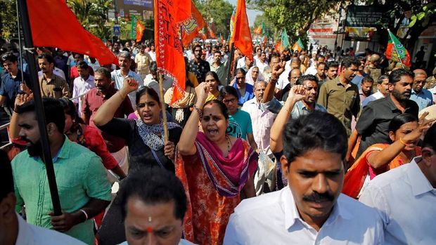 Para pendukung Partai Bharatiya Janata (BJP) dan Rashtriya Swayamsevak Sangh (RSS), dalam demo belum lama ini.