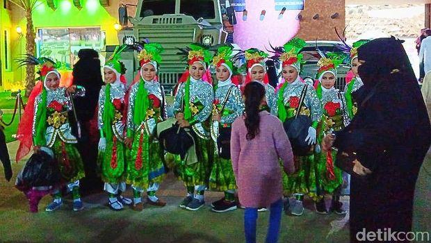 Duta Budaya Banyuwangi Disambut Meriah di Festival Janadriyah Arab Saudi