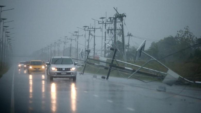 Badai Pabuk Terjang Thailand Selatan, Bandara Ditutup Sementara