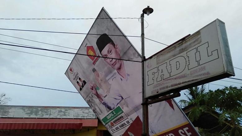 Caleg Gerindra Tersengat Listrik Saat Pasang Baliho, 2 Orang Tewas