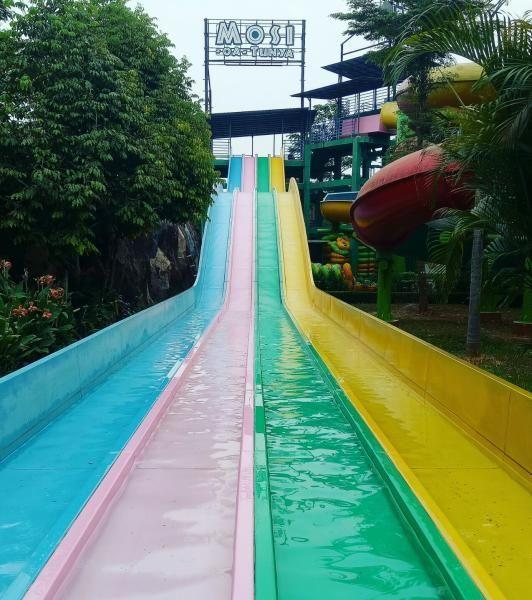 Transera Waterpark di Bekasi