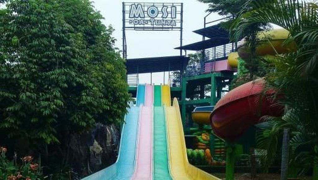Libur Akhir Pekan di Bekasi, Main Air di Transera Waterpark