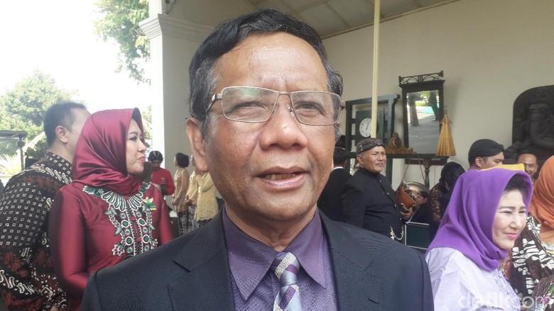Mahfud Md Yakin MK Tak akan Bimbang Putus Kasus Dualisme DPD