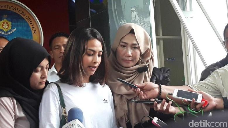 Soal Prostitusi Online di Surabaya, Pengacara Sebut Vanessa Angel Dijebak