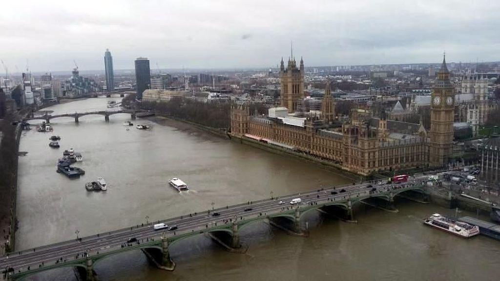 Pemandangan Cantik dari Matanya Kota London
