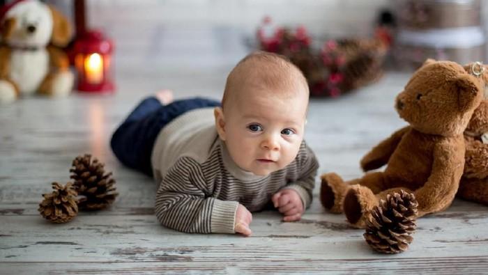 Inspirasi Nama Bayi Laki-laki Pendek dan Simpel/Foto: Istock