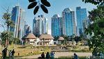 Menikmati Akhir Pekan di Hutan Kota Gelora Bung Karno
