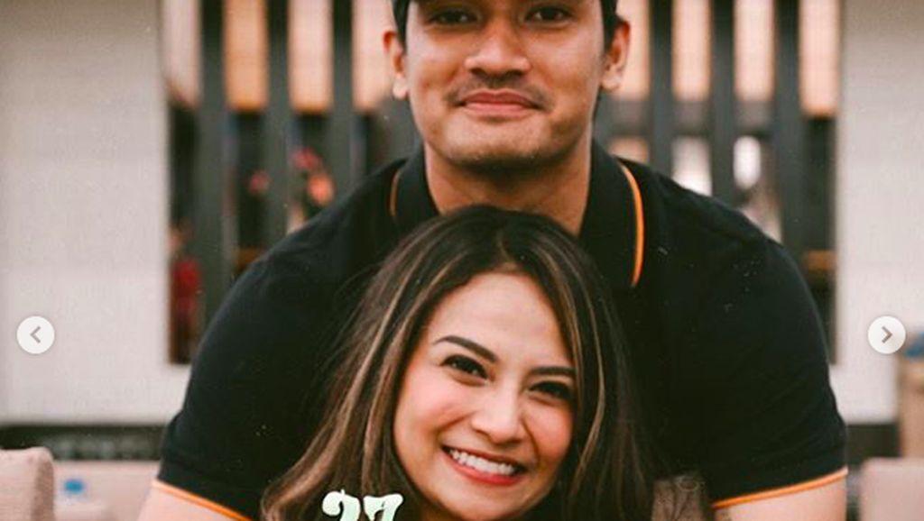 Ayah Vanessa Angel Tak Mau Bahas Kekasih Anaknya