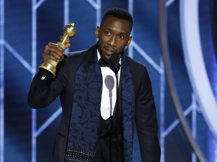 """BEVERLY HILLS, CALIFORNIA - JANUARY 06: In this handout photo provided by NBCUniversal, Mahershala Ali from """"Green Book"""" accepts the Best Actor in a Supporting Role in any Motion Picture award  onstage during the 76th Annual Golden Globe Awards at The Beverly Hilton Hotel on January 06, 2019 in Beverly Hills, California.  (Photo by Paul Drinkwater/NBCUniversal via Getty Images)"""