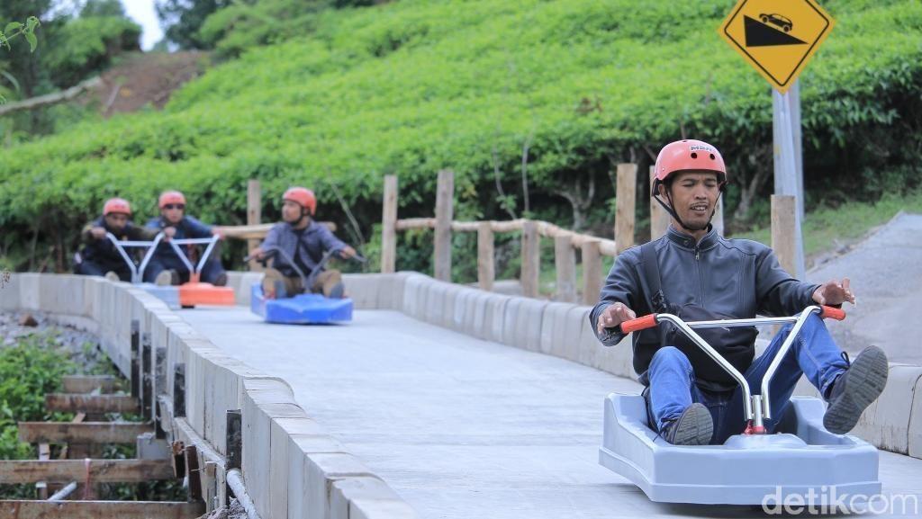 Golesat, Wahana Baru yang Menantang Adrenalin di Bandung