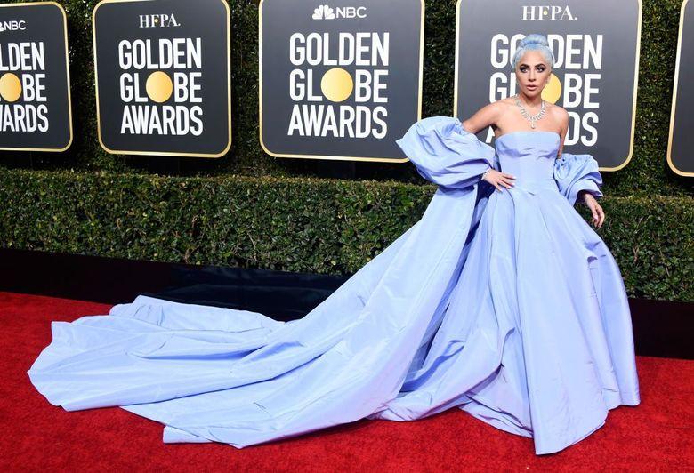 Lady Gaga saat menghadiri acara Golden Globe 2019 di California, AS pada Minggu (6/1) waktu setempat. Frazer Horrison/Getty Images