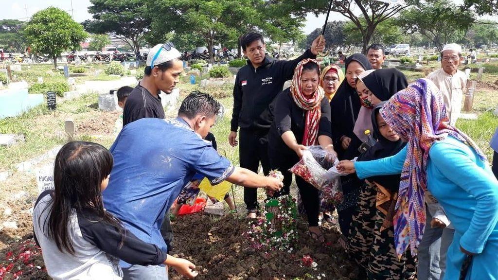Sosok Nurhayati di Mata Keluarga, Tulang Punggung dan Pekerja Keras
