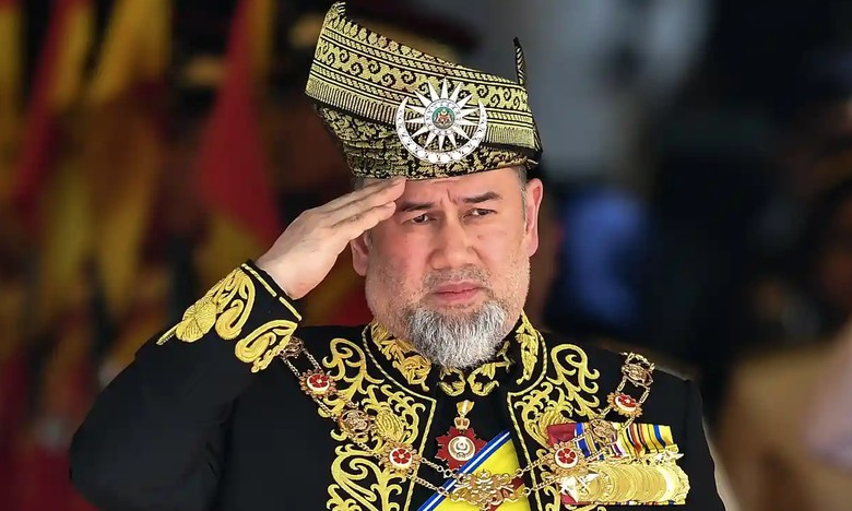 Raja Malaysia yang Dikabarkan Nikahi Ratu Kecantikan Rusia Turun Takhta