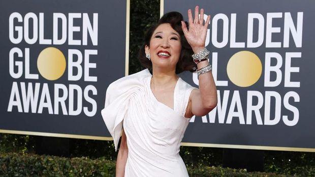 Sandra Oh akan memandu Golden Globes 2019.