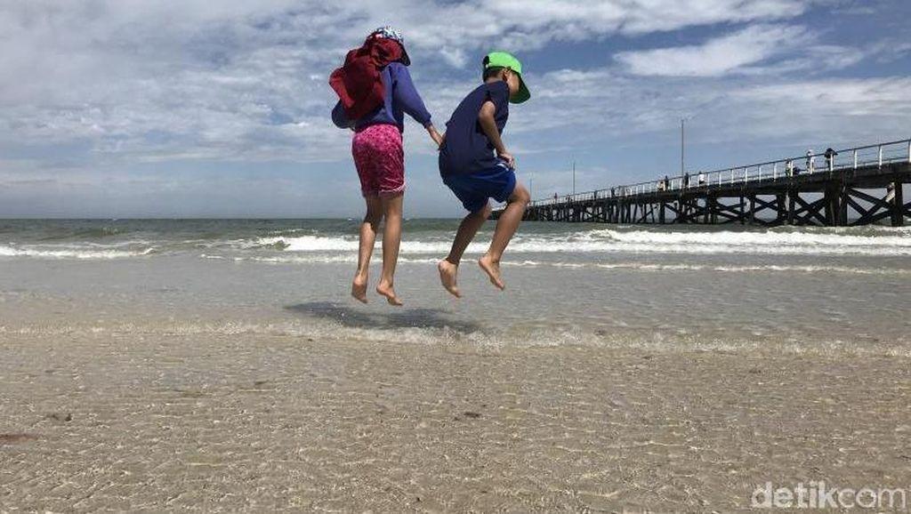 Potret Pantai Paling Asyik di Adelaide, Australia