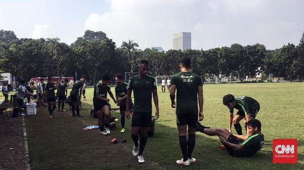 Beberapa pemain tampil menjanjikan dalam latihan taktik pada Kamis (10/1).