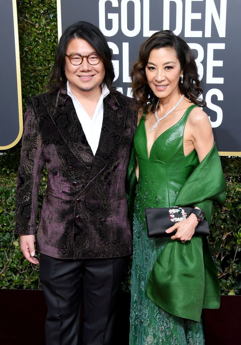 Kevin Kwan dan Michelle Yeohturut hadir di ajang Golden Globe 2019 di California, AS dan mewakili film mereka yakni Crazy Rich Asian. Jon Kopaloff/Getty Images