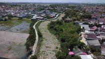 Penampakan Sungai Sampah di Tarumajaya Bekasi dari Langit