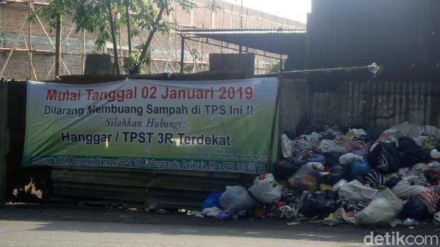 Warga Paham Aturan Swakelola, di Banyumas Banyak Tumpukan Sampah