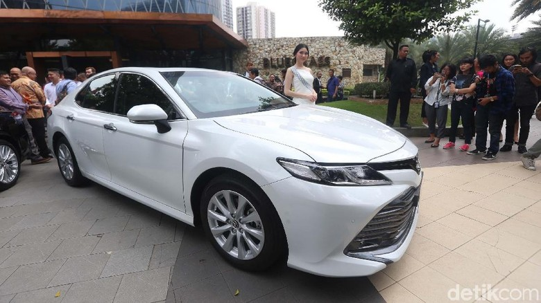 Toyota Camry 2019 diluncurkan di Jakarta (8/1/2019) Foto: Ari Saputra