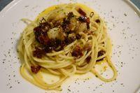 Spaghetti aglio olio.