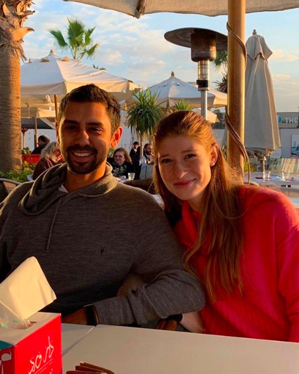 Nayel Nassar yang berusia 27 tahun dan Jenniger Gates yang berumur 22 tahun, kabarnya sudah sekitar 2 tahun menjalin hubungan asmara. Ini adalah salah satu foto terbaru mereka yang dipajang Nayel pada akun Instagram-nya. Foto: Instagram
